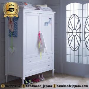 lemari bayi kayu
