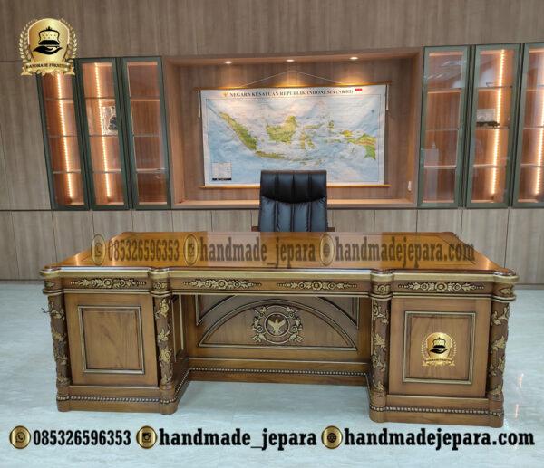 Meja kantor Mewah