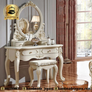 Meja Rias Klasik Invory